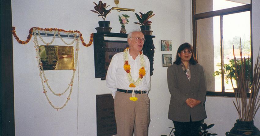 Nobel Laureate Prof. James D Watson visits Biocon